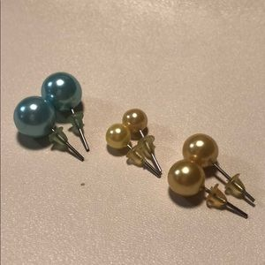 Jewelry - Faux pearl earring set